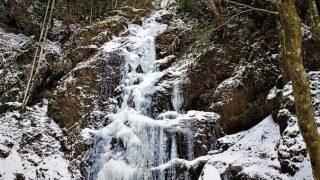白糸の滝 愛媛県東温市