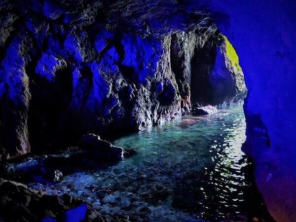 珠洲岬 青の洞窟