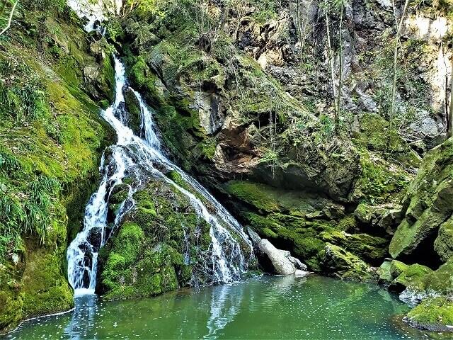 鳴滝峡の滝