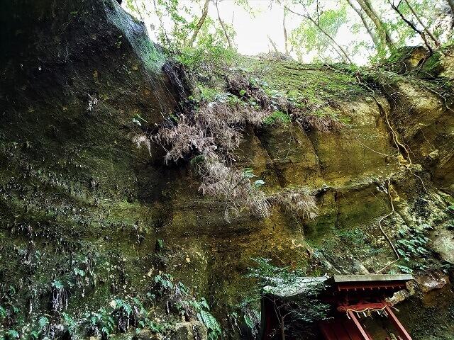 岩屋寺の滝