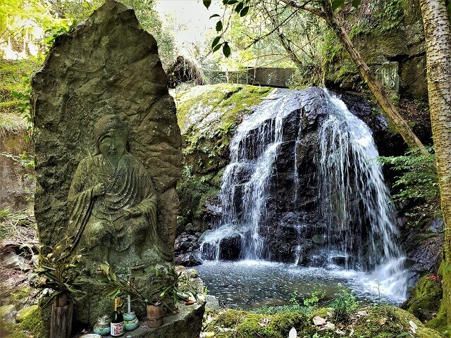 小滝不動尊の滝