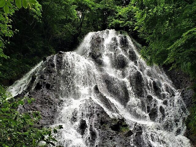不動の滝 開運出世の滝