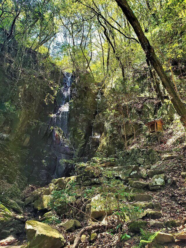 渕尾の滝 地蔵の滝