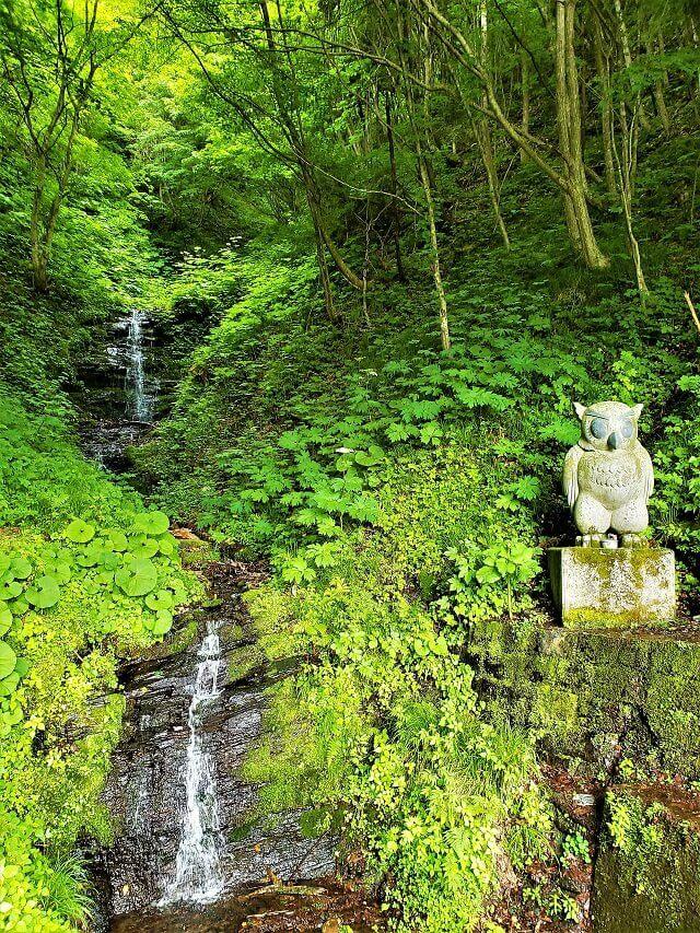 オドデさまの滝